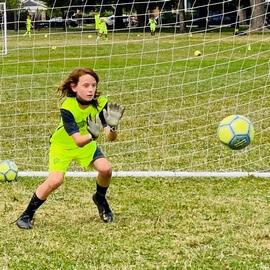 goalkeeping soccer program